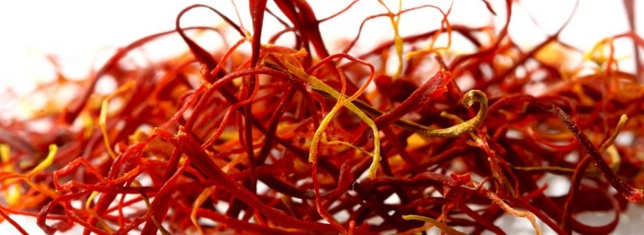 زعفران و درمان خشکی مو
