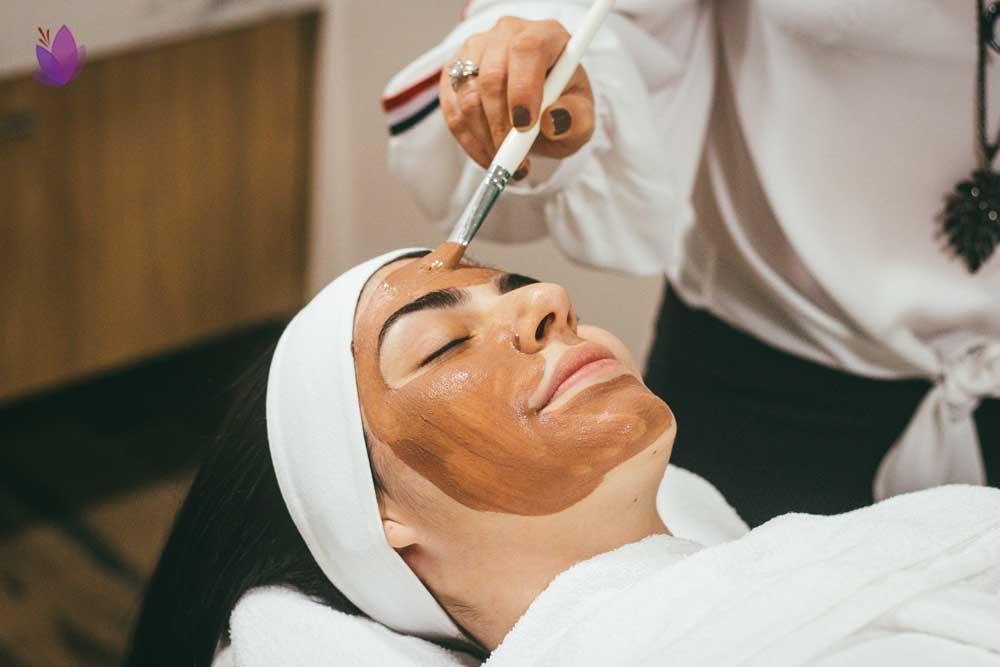 خواص زعفران برای زیبایی پوست زنان
