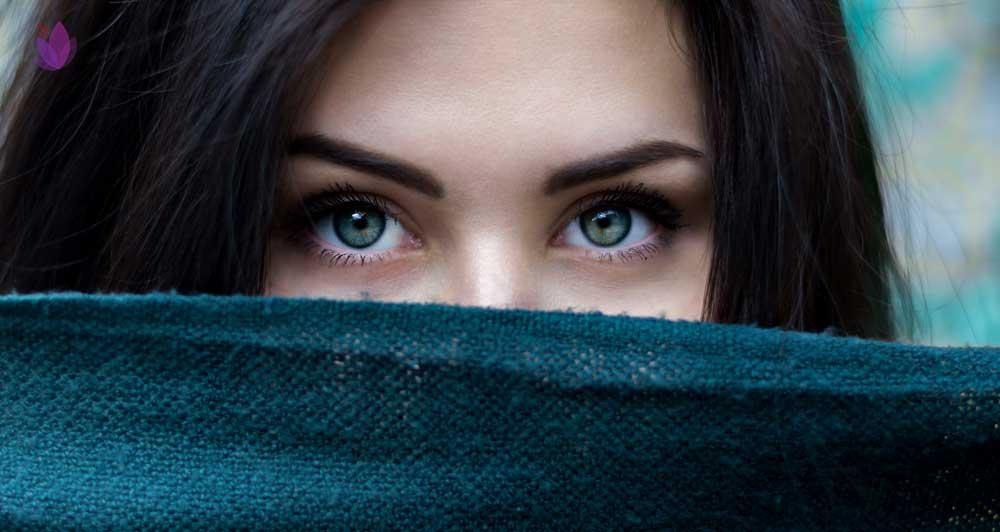 خواص زعفران برای چشمها